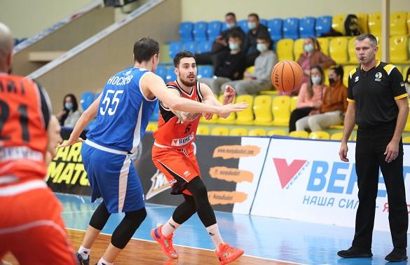 Черкаські баскетболісти перемогли команду з Одеси (ФОТО, ВІДЕО)