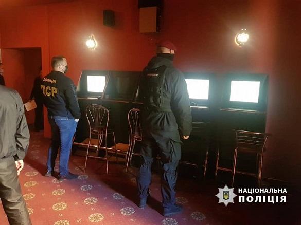 У Черкасах викрили мережу підпільних гральних закладів (ВІДЕО)