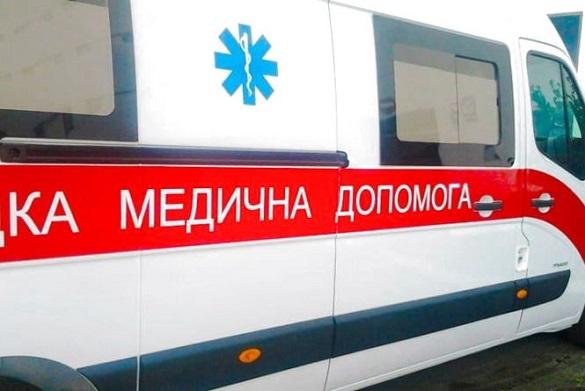 Протягом 40 хвилин медики в Черкасах реанімували чоловіка, але він помер