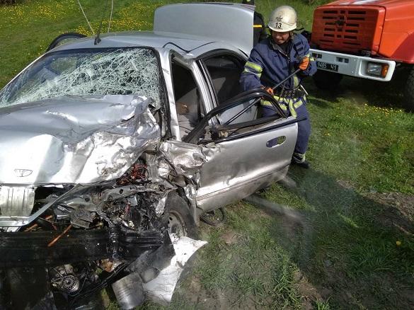У Черкаській області зіштовхнулись автомобілі: троє постраждало, один - помер (ВІДЕО)