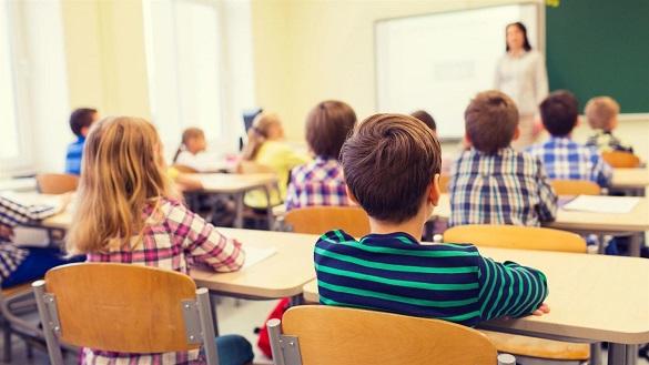 Повернення до школи: канівські школярі знову сядуть за парти