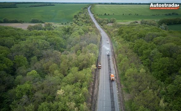 На Черкащині відновлюють дорогу, яку не ремонтували 40 років (ФОТО)