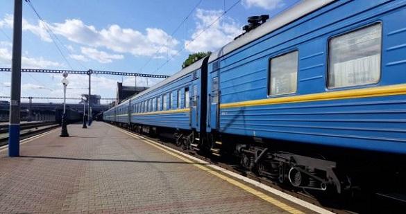 Із Черкас до Львова знову курсуватиме поїзд