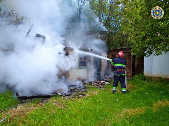 Через необережність у Черкаській області сталася пожежа (ФОТО)