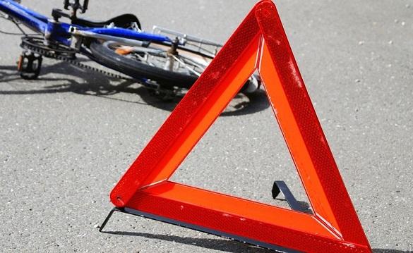 У Черкасах сталася аварія: легковик збив велосипедистку