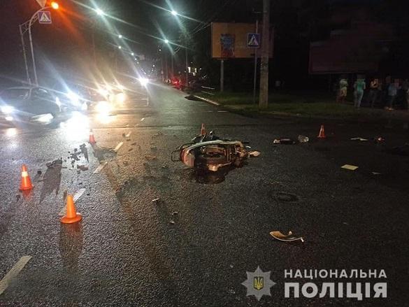 Під час аварії у Черкасах загинув водій скутера: поліція встановлює обставини (ФОТО)