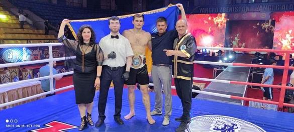Перший заступник міського голови привітав черкащанина зі здобуттям титулу інтерконтинентального чемпіона світу
