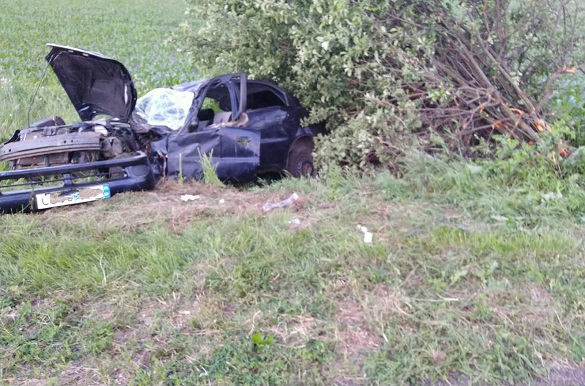 На Черкащині автомобіль злетів у кювет: п'ятеро осіб травмувалися (ФОТО)