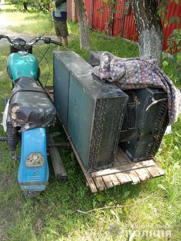 На Черкащині затримали трьох осіб, які намагались пограбувати підприємство