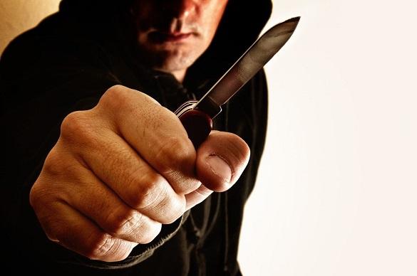 Про підозру оголосили черкащанину, який ударив ножем у живіт перехожого