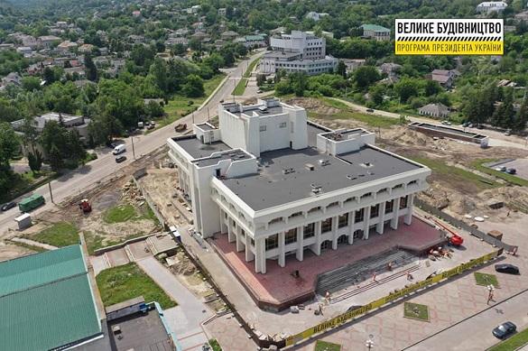 У канівському Будинку культури триває реконструкція (ФОТО)
