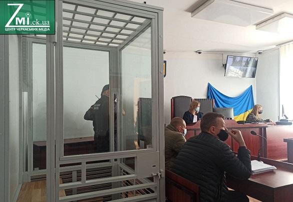 Суд допитав ще чотирьох свідків по справі загиблого директора черкаської школи