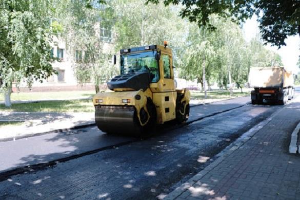У Черкасах новий асфальт проклали вже на понад 10 вулицях