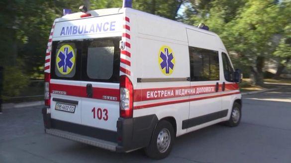 У Черкаській області чоловіка придавив автомобіль, який з'їхав з домкрата