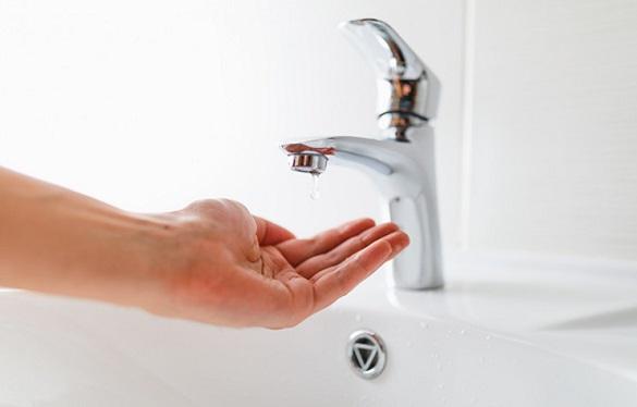 Через порив за деякими адресами в Черкасах обмежили водопостачання