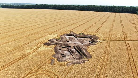 Потужна злива затопила місце археологічних розкопок на Черкащині