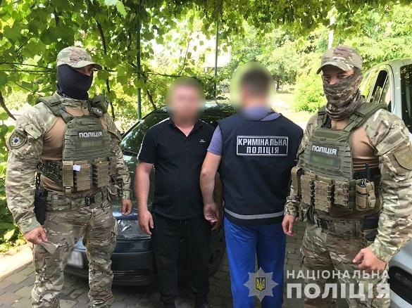 У Черкаській області четверо осіб пограбували підприємство на пів мільйона гривень та побили охоронців (ФОТО, ВІДЕО)