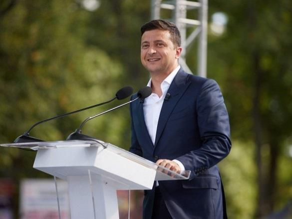 До Черкащини на День Державного прапора має приїхати президент