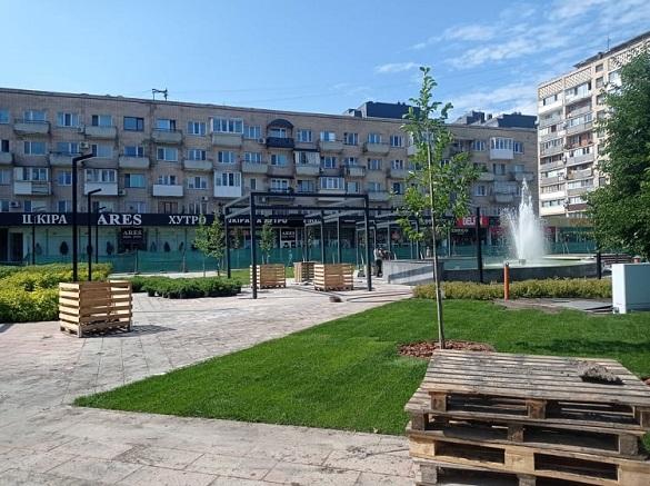 Сад магнолій та фонтан: незабаром у Черкасах відкриють оновлений сквер (ФОТО)