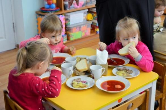 Викатали цілий список: у черкаському садочку приголомшили батьків тим, що треба купити (ФОТО)