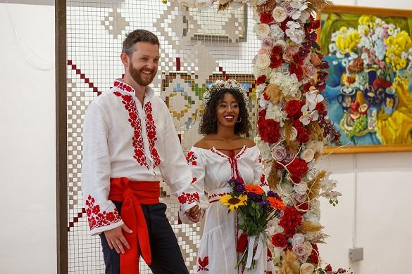 Черкащанин одружився з ефіопкою в черкаському музеї