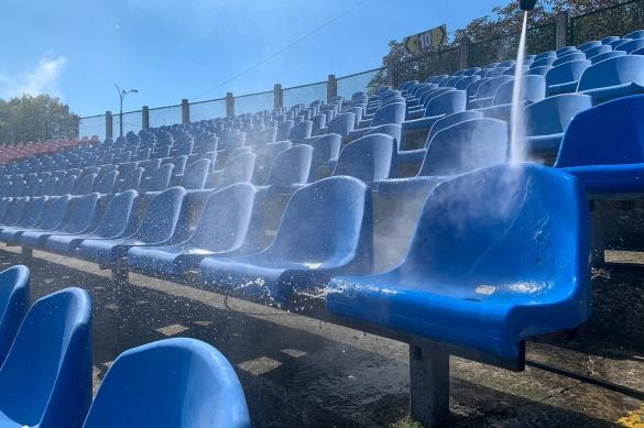 ФК ЛНЗ помив сидіння Центрального стадіону напередодні матчу з Черніговом