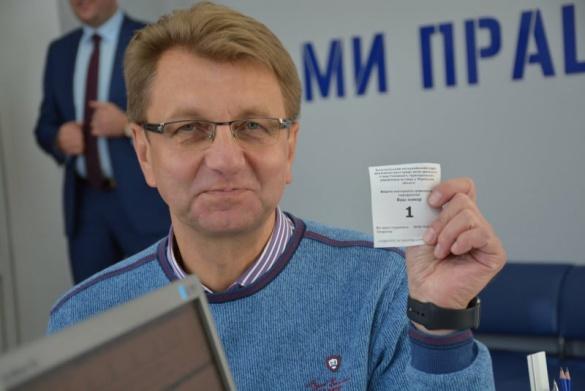 Серед кандидатів по 197 округу найбільша підтримка у Войцехівського, - результати опитування