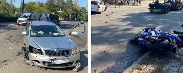 У Черкасах біля лікарні сталася ДТП: загинув мотоцикліст