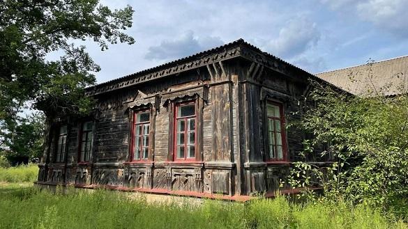 Останній дерев'яний будинок Городецького зберігся в Черкаській області (ФОТО)