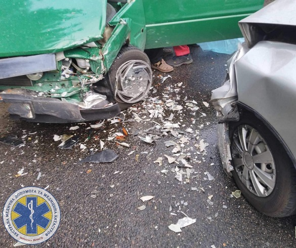 Не розминулися: у Черкасах сталася ДТП за участю двох автомобілів (ФОТО)