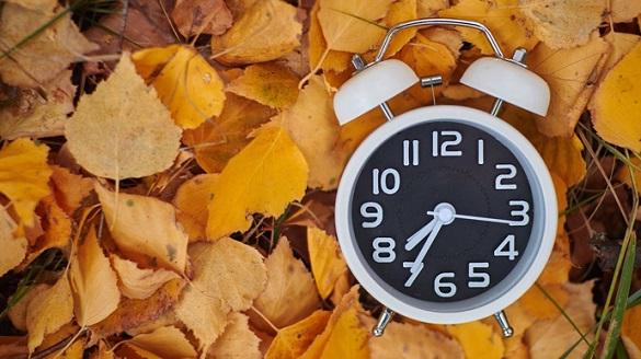 Перехід на зимовий час: коли черкащанам переводити годинники