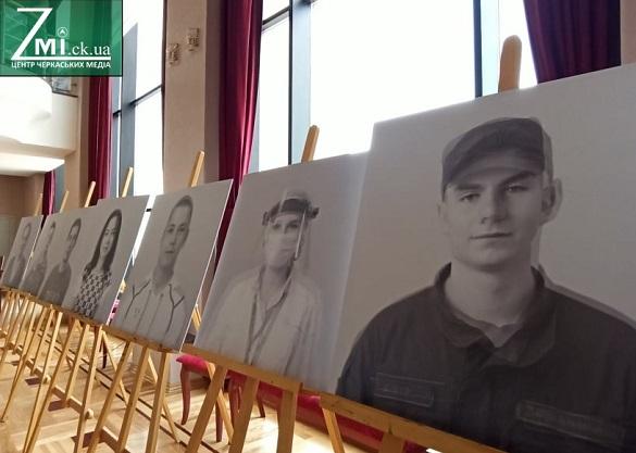 Фотовиставка до Дня донора у Черкасах, фото-4