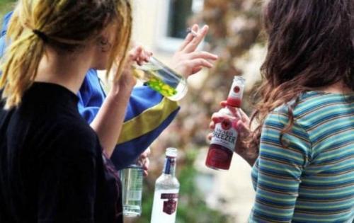 У Черкасах вночі безперешкодно продають спиртне навіть неповнолітнім
