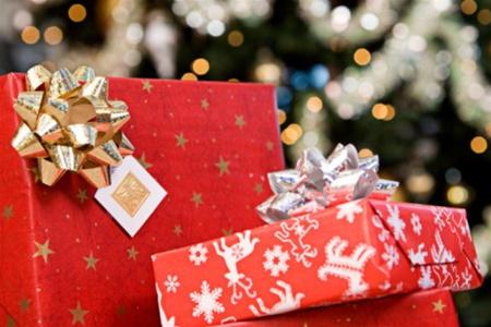 Діти на Новий рік залишаться без подарунків через депутатів?