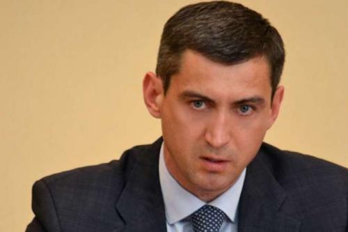 Голова Черкаської ОДА дозволив себе люструвати