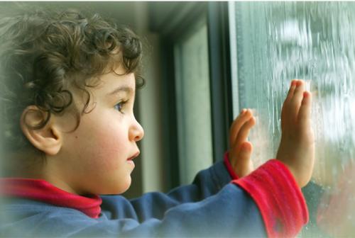 На кого покинуті черкаські діти, які живуть без батьків (ВІДЕО)
