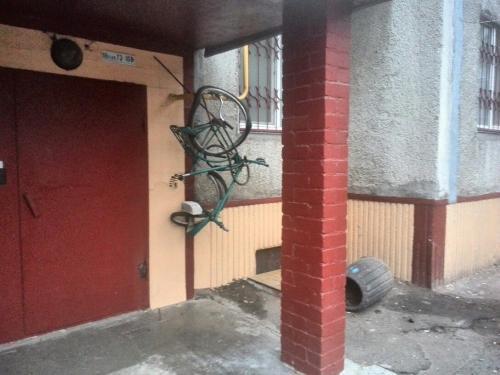 У Черкасах вандали понівечили велосипед пенсіонера