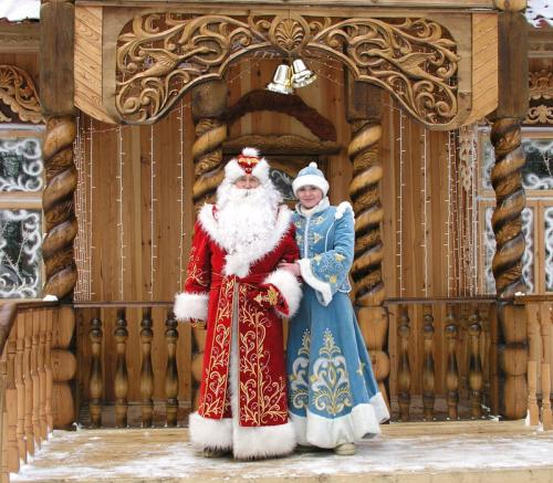 Черкаські Діди Морози і Снігурки мають заплатити податки за свою роботу
