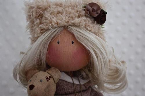 Черкаська майстриня одягла ляльку в камуфляж