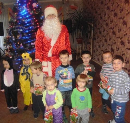 Дітей із особливими потребами привітав Дід Мороз