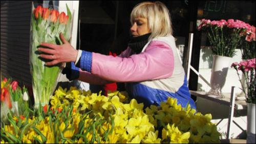 Квітковий ринок у Черкасах суттєво зменшується