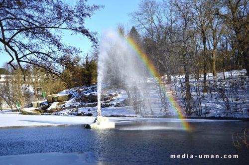 В Умані не замерз фонтан навіть у великий мороз (ФОТО)