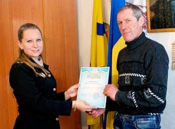 Житель Чорнобаївщини врятував життя школяру, який провалився під лід