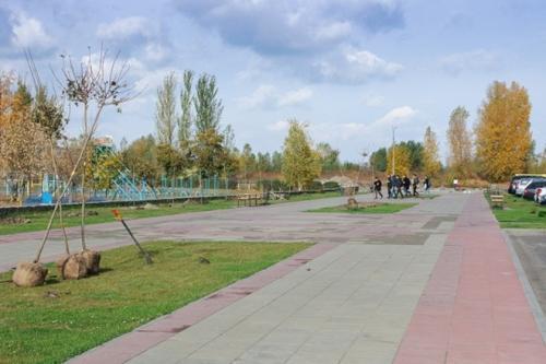 Черкаські тротуари вимощуватимуть спеціальною плиткою
