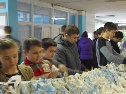 Золотоніські діти власноруч зібрали необхідне для АТО (ФОТО)