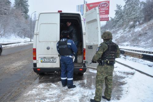Стратегічні об'єкти Черкащини посилено охороняють (ВІДЕО)