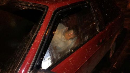 П'яні черкаські хлопці не змогли завести автомобіль (ФОТО)