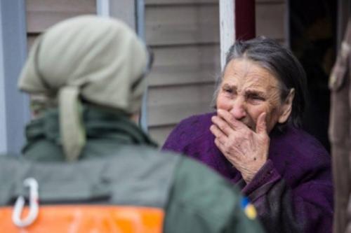 Черкаські волонтери готують передачу для будинку пристарілих на Донеччині