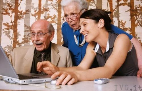 У черкаському виші пенсіонерів навчають комп'ютерної грамоти