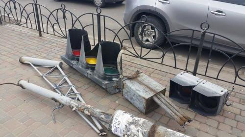 Черкаські світлофори демонтують (ФОТО)